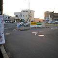 Photos: 春日井市東野町で起きた交通事故でぶつかったハイエースが逃走!_02