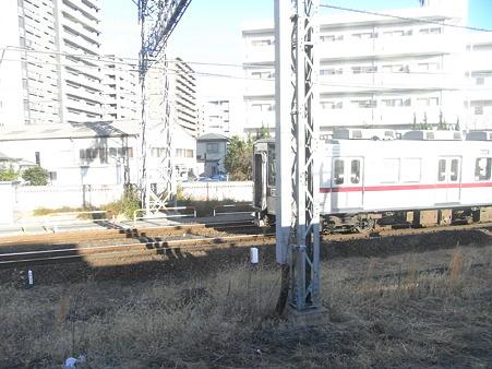 川越線の車窓(川越駅場内)