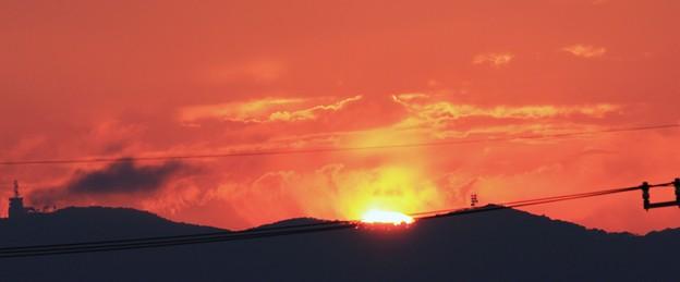 夕景(燃える夕陽)  06:28 (18:59)