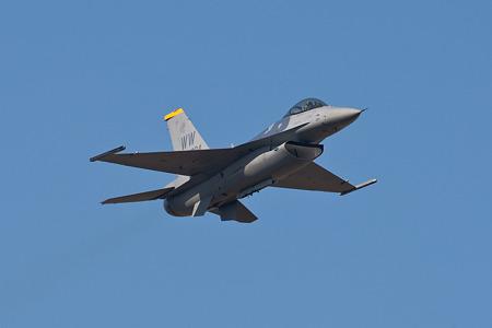 新田原航空祭F-16_02
