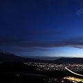 写真: 夜明け前の富士山 1月2日