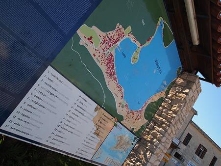 ヴィス島の案内図