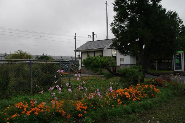 s9053_瀬辺地駅