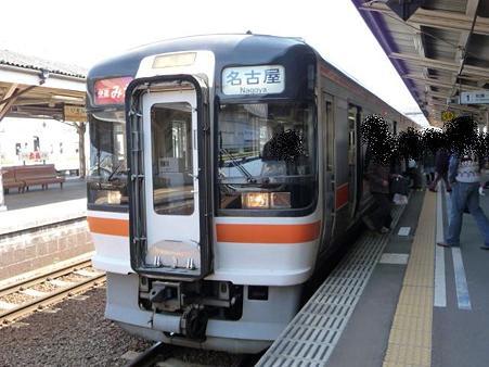 100330 伊勢市駅→津駅 (6)