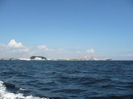 101008-よこすか軍港めぐり (39)