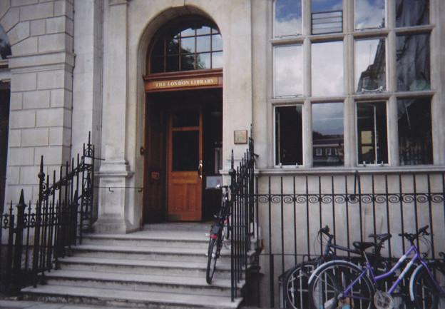 ロンドン図書館