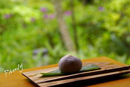 「はなしょうぶ」という名の和生菓子と・・
