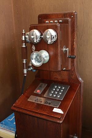 レトロタイプの電話機